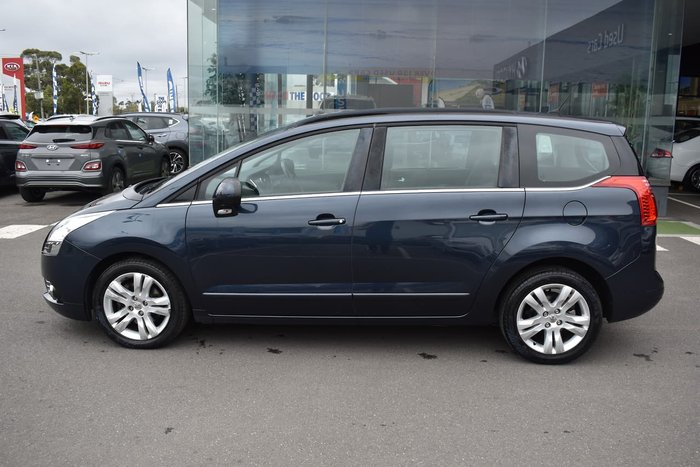 2013 Peugeot 5008 Active MY13 Blue