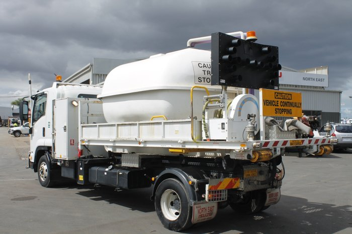 2011 Isuzu FRR600 Long Premium Water Tanker White