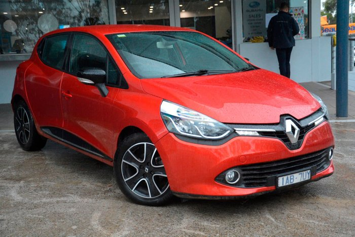 2013 Renault Clio Expression IV B98 Red