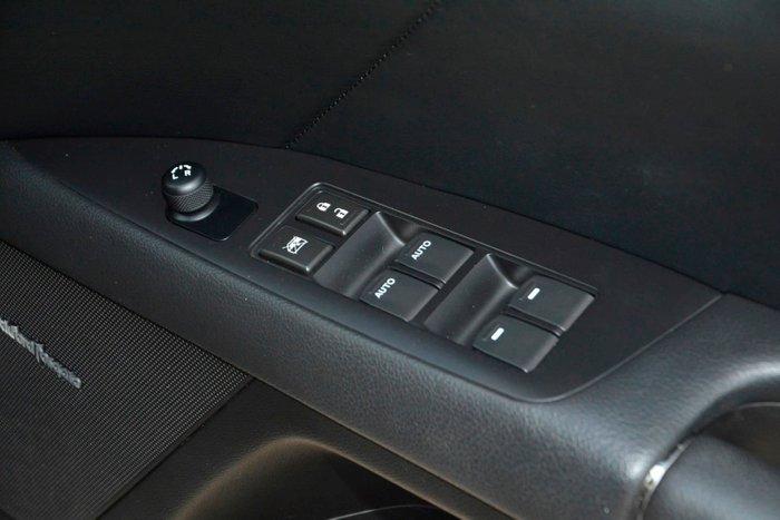 2011 Suzuki Kizashi XLS FR Grey