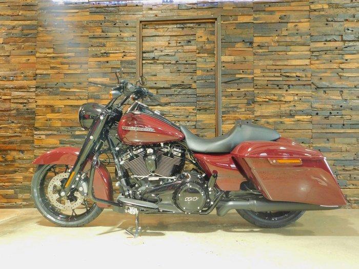 2020 Harley-Davidson FLHRXS ROAD KING SPECIAL Billiard Burgundy