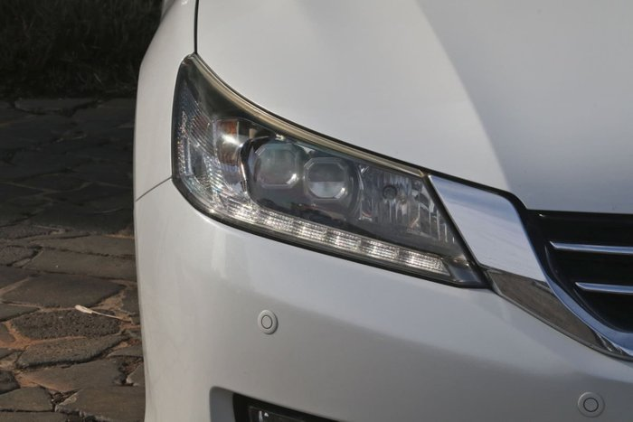 2014 Honda Accord V6L 9th Gen MY14 White