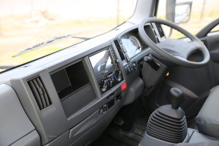 2019 Isuzu NLR 45-150 TRAYPACK