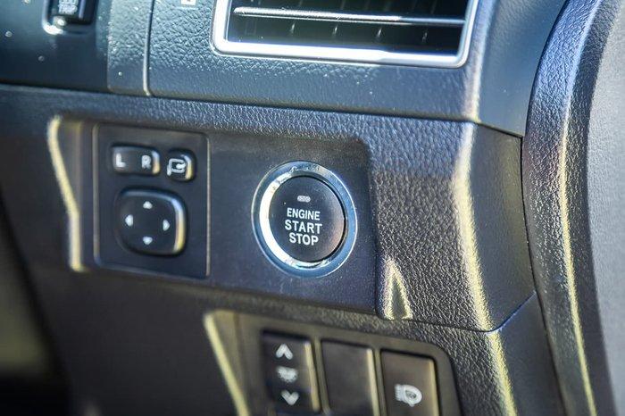 2016 Toyota Landcruiser Prado Kakadu GDJ150R 4X4 Dual Range White