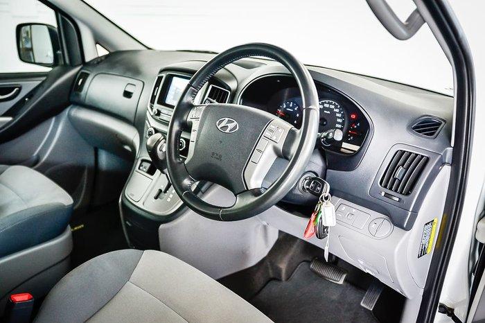 2017 Hyundai iMax TQ3-W Series II MY18 White