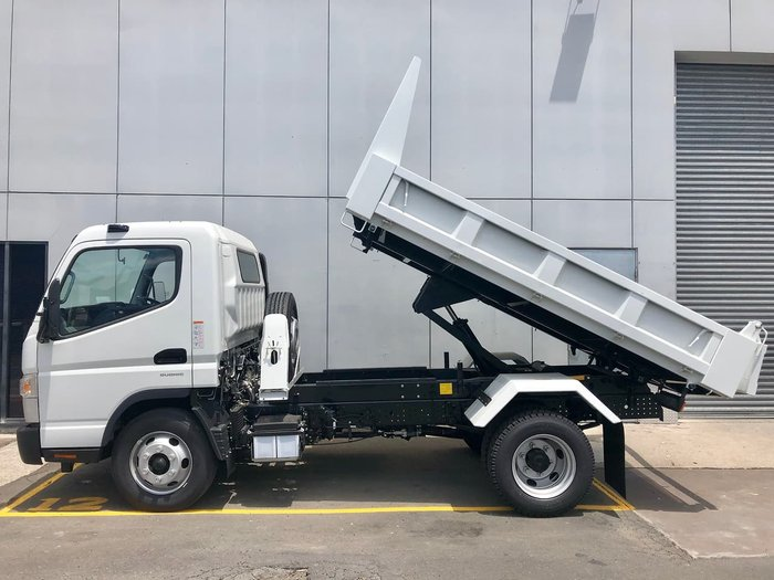 2020 FUSO CANTER 815 null null White