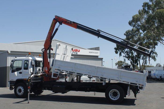 2005 Isuzu FVD950 Tipper / Crane White