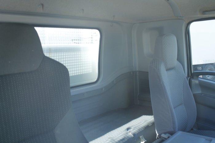2011 Isuzu FRR600 3-Way Tipper White