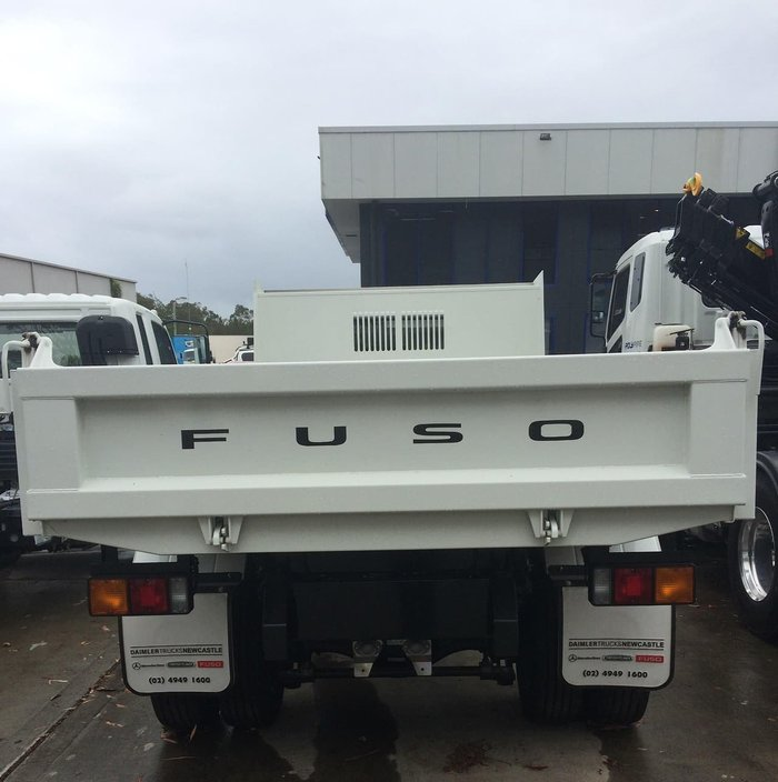 2020 FUSO FIGHTER 1124 FK62FHY1RFAC null null White