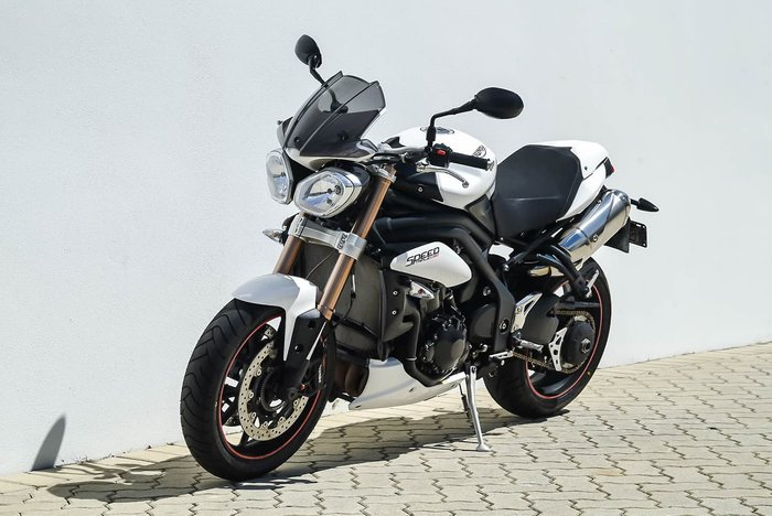 2011 TRIUMPH SPEED TRIPLE 1050 ABS null null White