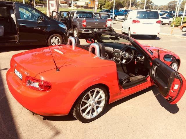 2010 Mazda MX-5 Roadster Coupe NC Series 2 MY09 RED