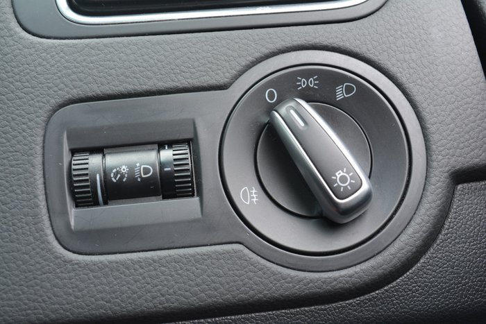 2011 Volkswagen Polo 66TDI Comfortline 6R MY11 Red