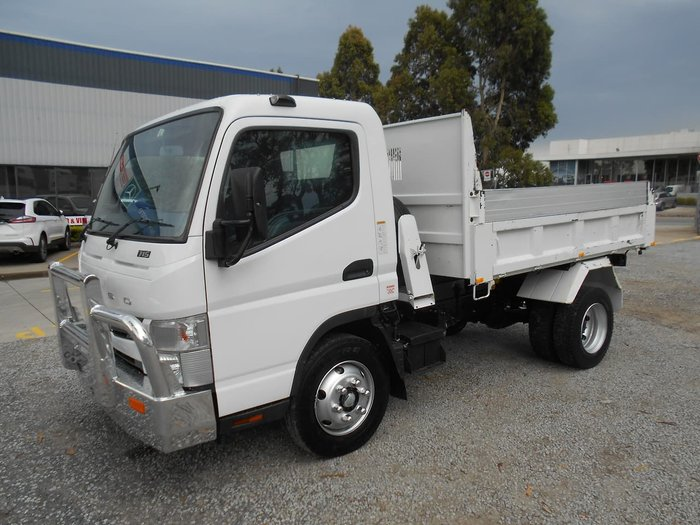 2014 FUSO CANTER 715 null null White