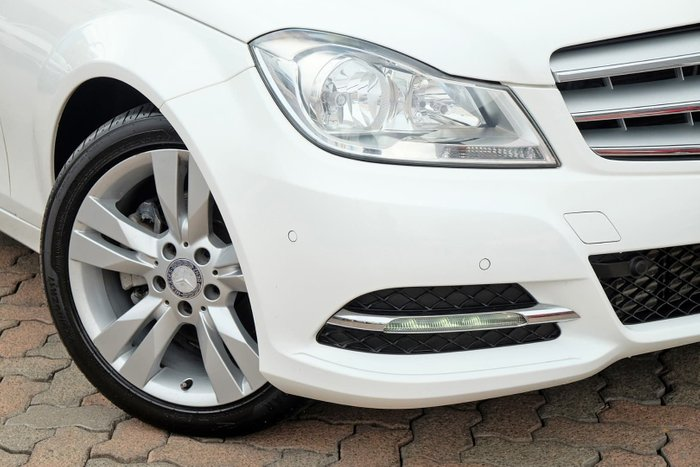 2012 Mercedes-Benz C-Class C200 BlueEFFICIENCY W204 MY12 White