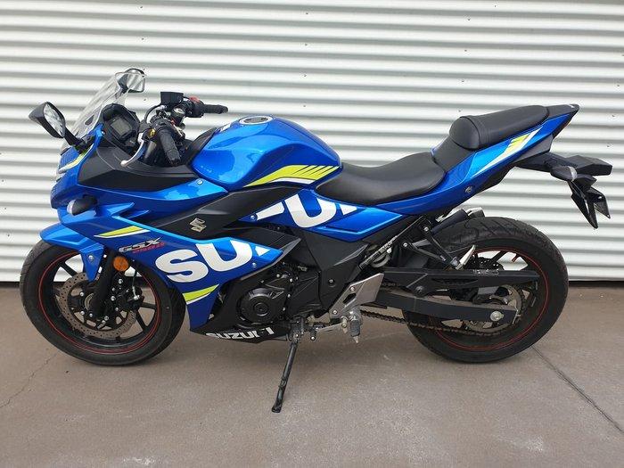 2017 SUZUKI GSX250R null null Blue