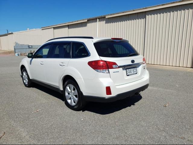 2011 SUBARU OUTBACK 2.0D MY11 white