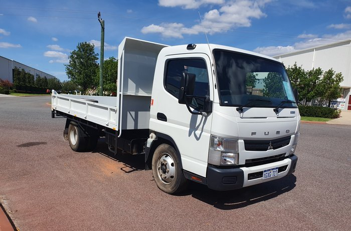 2013 Fuso Canter 815 Wide TRAYTOP WHITE
