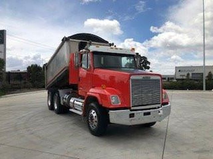 1999 FREIGHTLINER FL112 TIPPER ( REBUILD HISTORY ) null null null