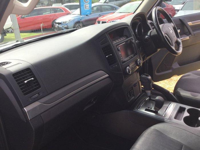 2014 Mitsubishi Pajero VR-X NW MY14 4X4 Dual Range Grey