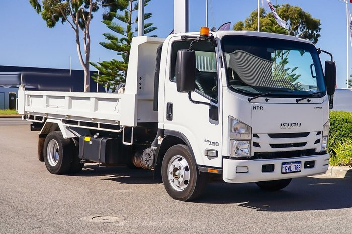 2017 Isuzu N Series