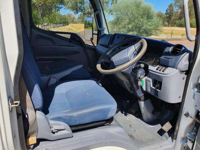 2011 Fuso Canter 515 Narrow TRAYTOP WHITE