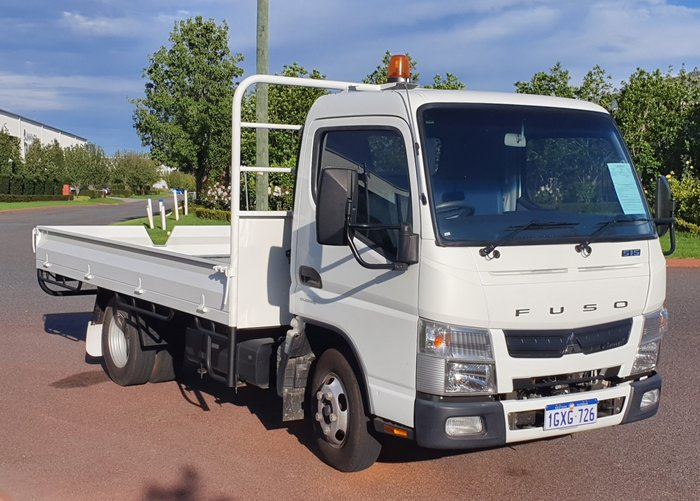 2011 Fuso Canter 515 Narrow TRAYTOP WHITE