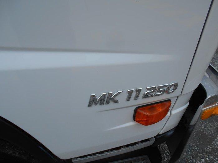 2013 UD CONDOR MK11.250 null null White