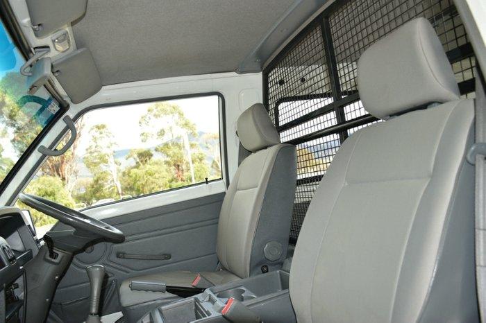 2013 Mitsubishi Express SHORT WHEELBASE SJ MY13 WHITE