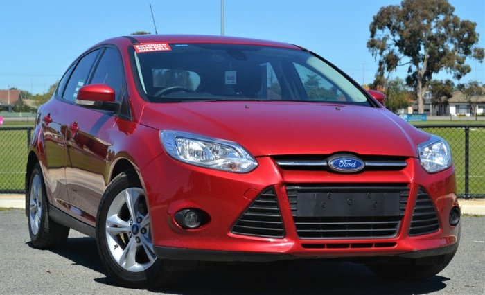 2014 FORD FOCUS TREND RED