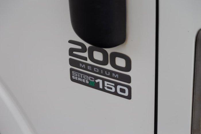 2013 Isuzu NLR200 null null WHITE