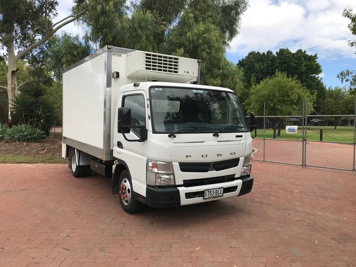2016 FUSO CANTER 515 null null White