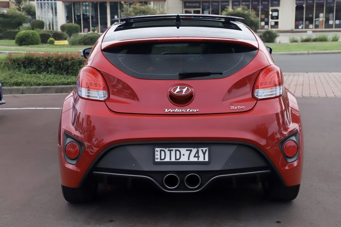 2017 Hyundai Veloster FS5 Series II Red