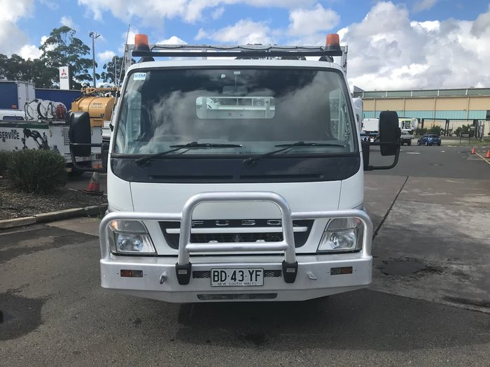 2009 MITSUBISHI CANTER null null WHITE