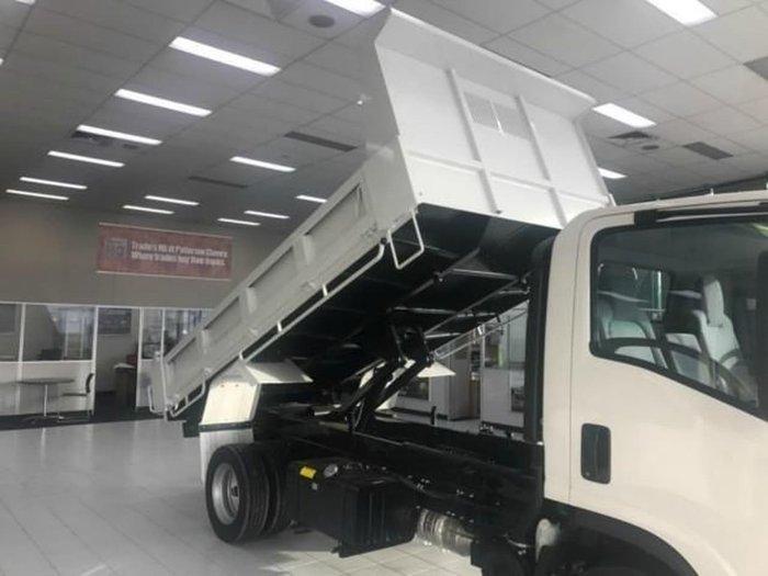 2019 ISUZU NPR 75-190 TIPPER White