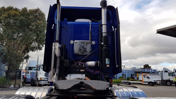 2011 Freightliner Argosy 101' Cab Mid-Roof Royal Blue