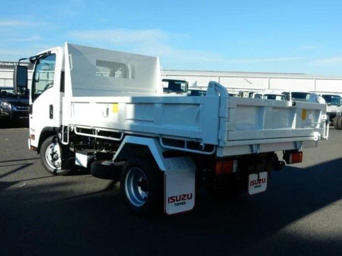 2020 ISUZU NLR 45-150 AMT TIPPER White