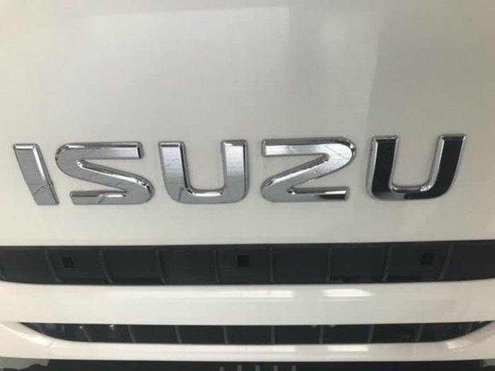 2020 ISUZU NLR 45-150 SWB MANUAL TRAYPACK White