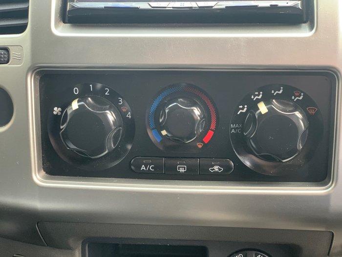 2011 Nissan Navara ST D40 4X4 Black