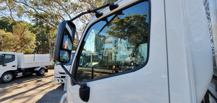 2019 HINO 300 SERIES 617 MEDIUM TRADEACE null null White