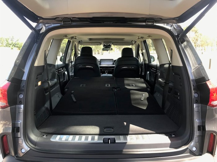 2019 LDV D90 Executive SV9A MY19 4X4 Dual Range Lava Grey