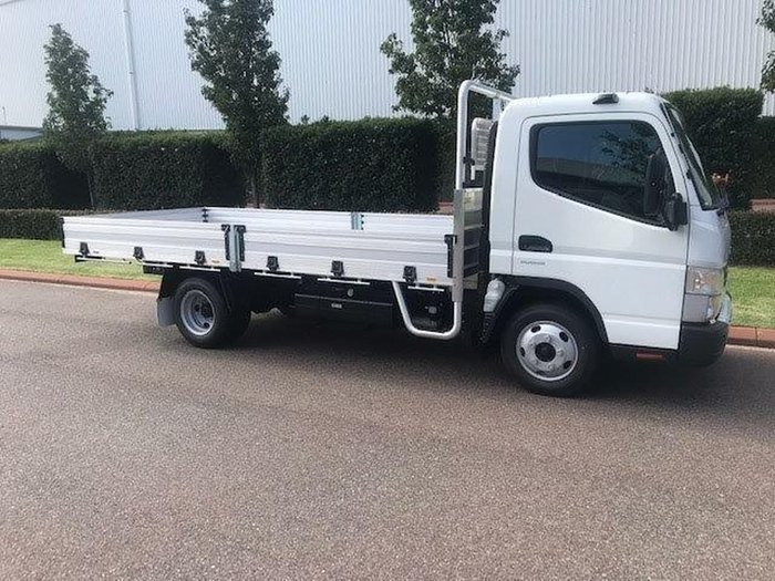 2020 FUSO CANTER 515 WIDE DEMO null null null