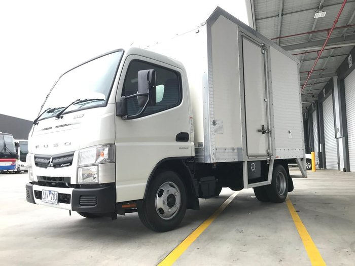 2013 FUSO CANTER 515 NARROW A/T - PAN + SIDE DOOR null null WHITE