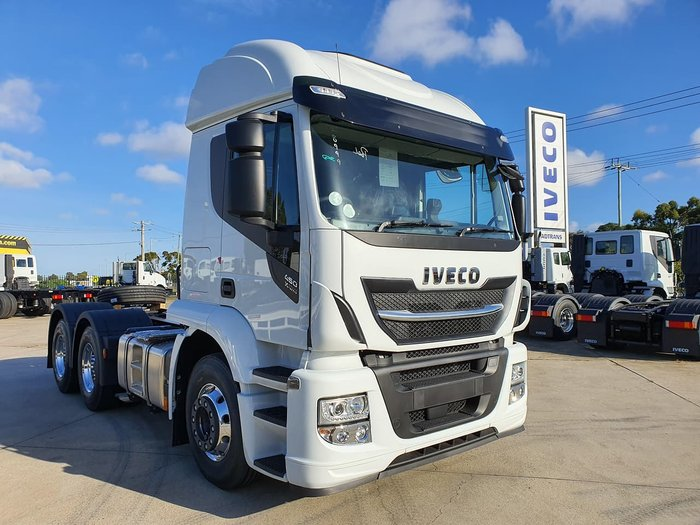 2020 IVECO STRALIS XWAY E6 - HIGH ROOF 6X4 SLEEPER null null White