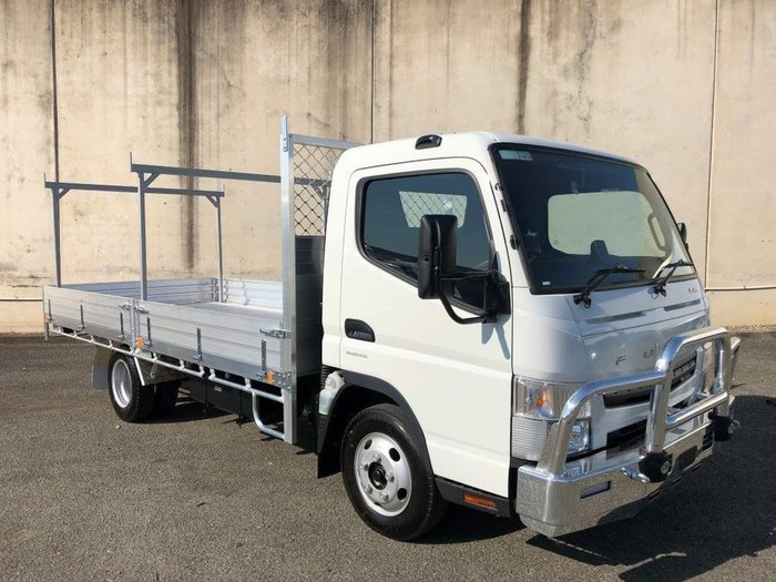 2019 FUSO CANTER 515 null null null