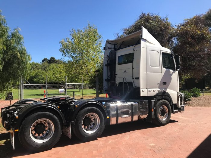 2013 VOLVO FH13 null null White