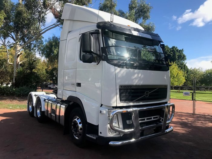 2011 VOLVO FH13 540 null null White