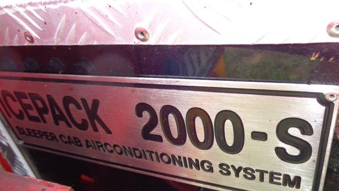 2014 MACK SUPER-LINER null null White