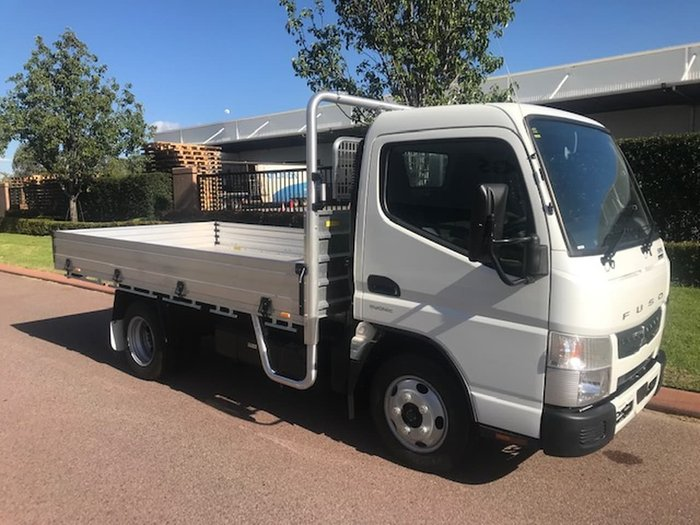 2020 FUSO CANTER 515 CITY CAB - WITH SAFETY PACK null null null