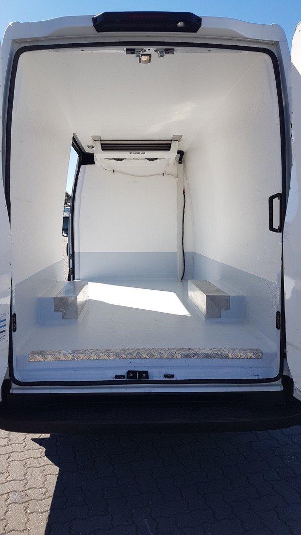 2016 Iveco Daily 50C 17/18 Car License AUTO Freezer