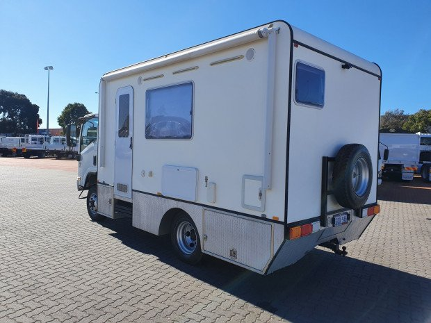 2012 Isuzu NPS300 4x4 Camper/Motorhome